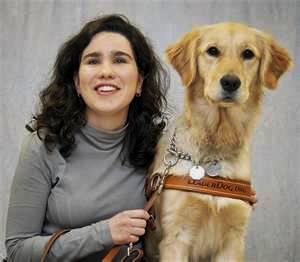 Zuriñe de Anzola y su perro guía