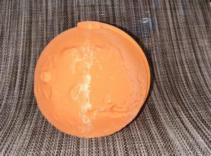 Foto del modelo de Marte que imprimí en 3D para Rosa